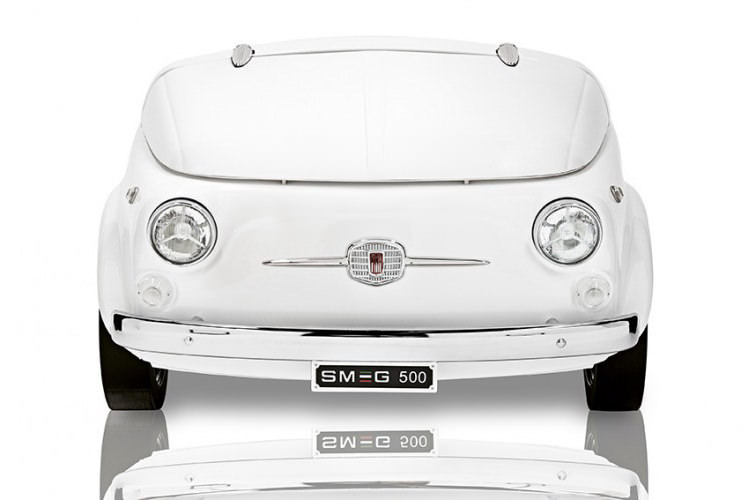 smeg and fiat 500 join forces design father. Black Bedroom Furniture Sets. Home Design Ideas