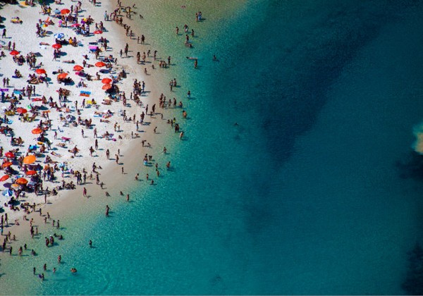 Aerial beach photographs by Gray Malin 10