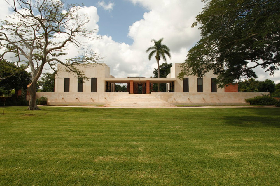 Bacoc Hacienda by Reyes Rios and Larrain Arquitectos 15 Bacoc Hacienda in the Yucatan Peninsula