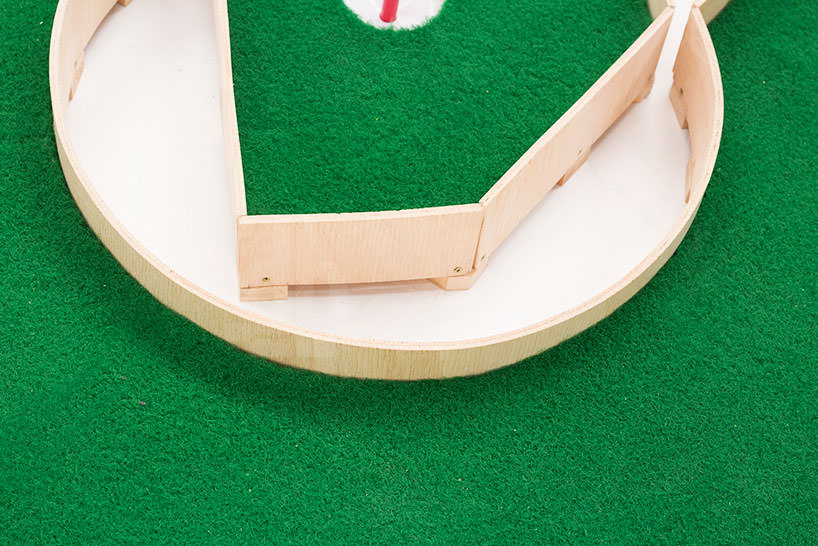 minature golf ollie willis designboom 04 Typographic miniature golf course by Ollie Willis